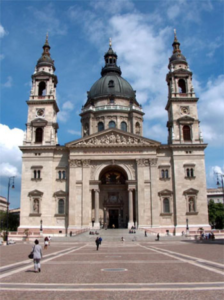 St. Stephen 's Basilica, the world's top ten most photographed buildings